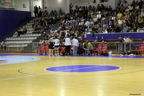 Tiempo muerto Gipuzkoa UPV (foto: kirolmania.net)